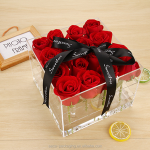 Luxury modern clear acrylic flower packing boxes for 16 roses