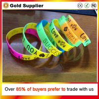 One Direction Super Star Silicone Wristband Wood Bracelet Mixed Colors Fashion Jewelry Children Part Gift