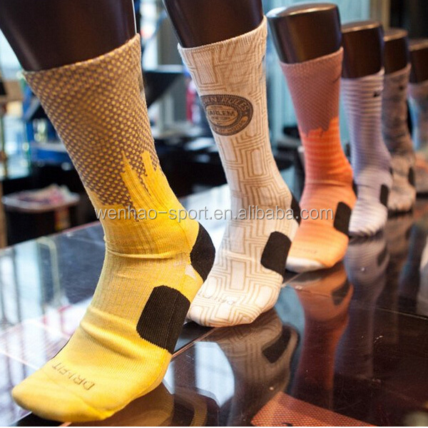 wholesale cotton custom elite sport socks in high quality custom sock manufacturer