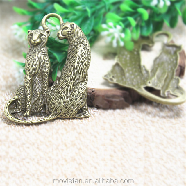 Love Leopards Love Panther Pendants Leopard Charms Large Size Bronze Antique Silver DIY Jewelry Making 65*45mm