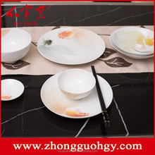 Classic Fish swimming pattern China Well-Known Trademark Hand Painted Underglazed Porcelain ceramic dinner set