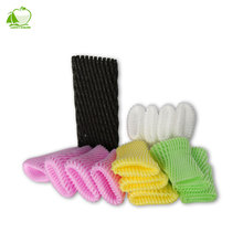 China fruits and vegetables distributors,Fruit foam tube sleeve mesh net