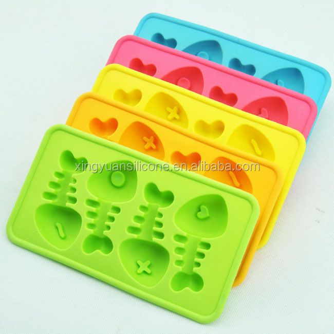 2017 new style and popular silicone fish bone ice trays