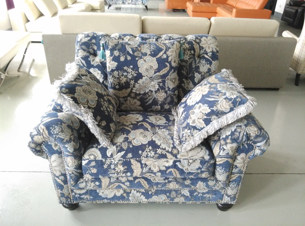 Good quality bright colored sofa set fabric wooden for Where to buy good quality sofa