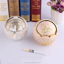 Fashion Style Ball Castle Metal Ashtray with Cover Lighters Smoking Accessories Car Ashtray Cigarette Cigar Smokeless Ash Tray