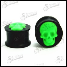 Green skull logo black silicone flesh tunnel in body jewerly