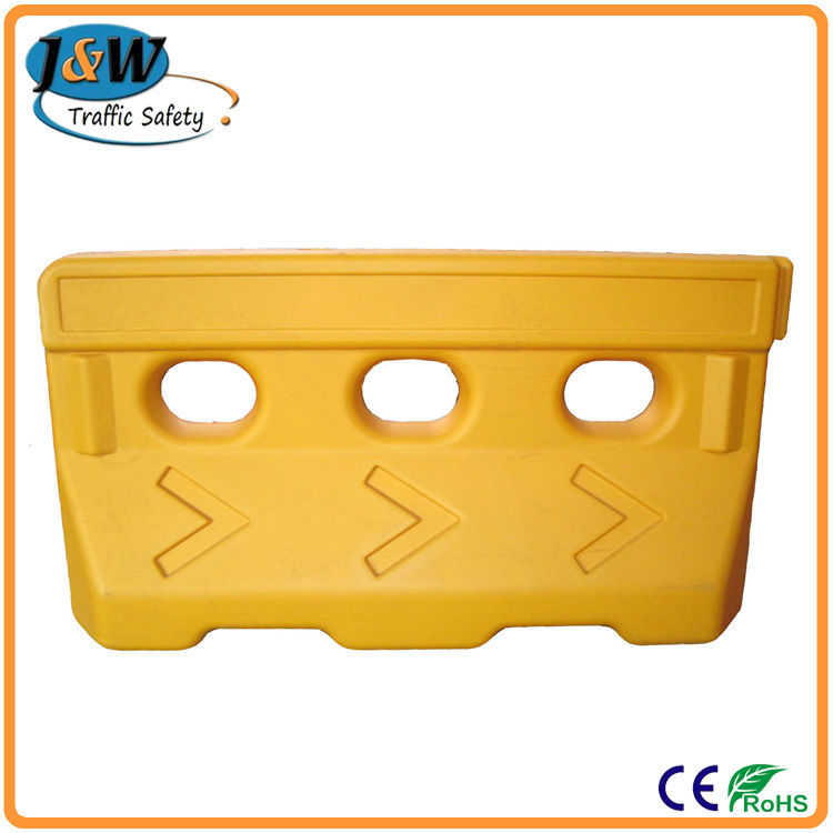 Used Plastic Road Safety Barrier / Traffic Road Block, Road Barricade