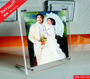 Clear Acrylic 5x7 Magnetic Photo Frame for Desk