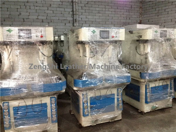 Low price hot selling slipper shoes making machine