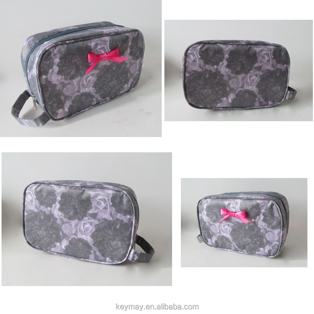 New design China wholesale waterproof PVC toilet floral cosmetic bag