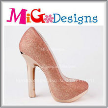 hot selling light pink ceramic piggy bank that counts money high heeled shoe shaped