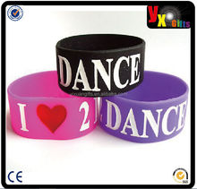 Wholesale fashion cheap personalized rubber wrist bands