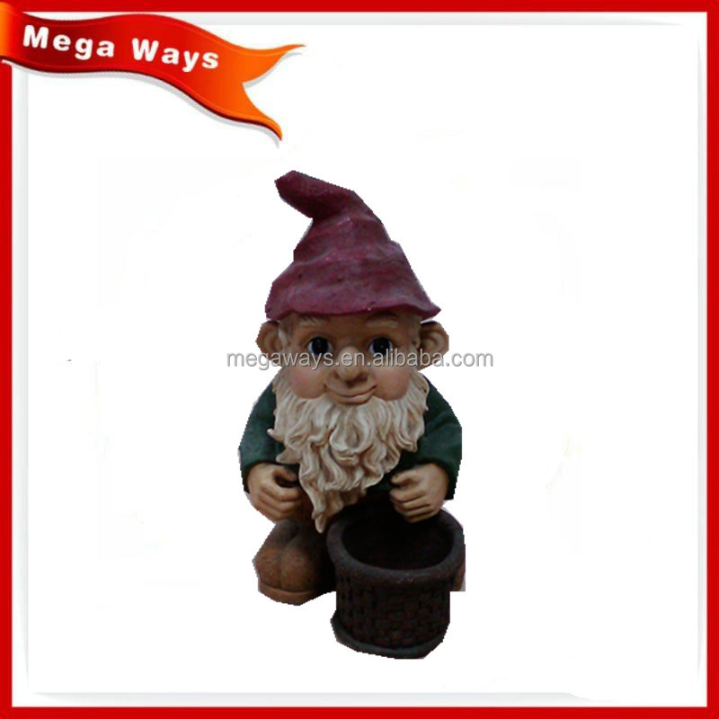 Hot resin pinecone santa figurines with mashroom for outdoor use