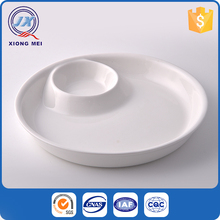 Wholesale hotel restaurant food grade non-toxic creative cheap white porcelain plate and cup holders