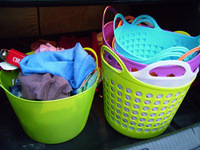 flexible plastic garden basket with handles,plastic laundry basket,household products