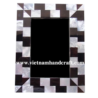 Eco friendly traditionally handpainted vietnamese mother of pearl inlay lacquered wooden picture frames