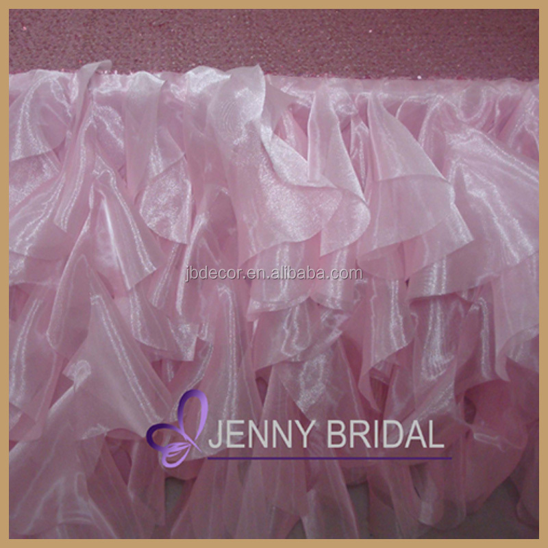TC067A1 attractive good design beads organza wedding tablecloth