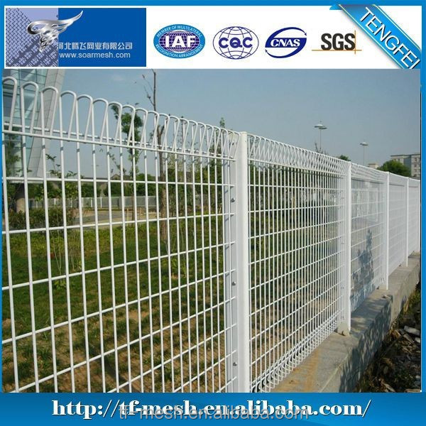 Alibaba Trade Assurance Highway protection framed fence (Welded wire fencing ISO 9001)