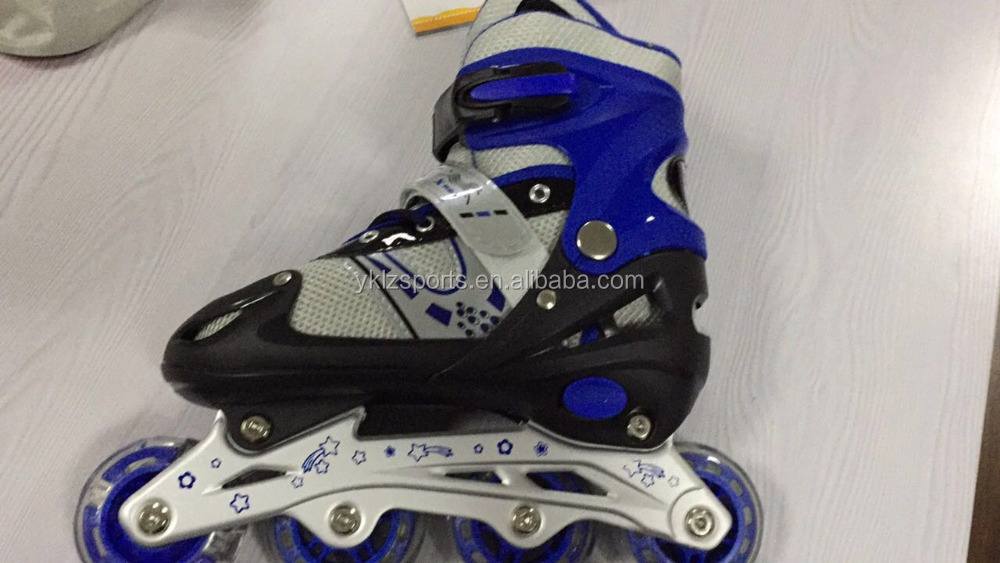 wholesale 4 sizes adjustable four wheel roller skate shoes for children outdoor sports
