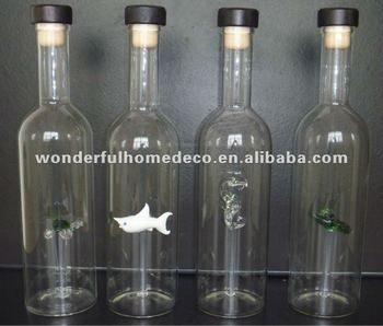 Material borosilicate glass wine bottle and inside with for Wine bottle material