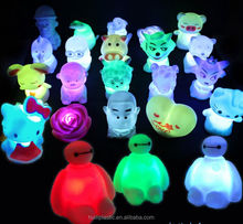 rotocasting cartoon vinyl toy, design your own rotocasting light up toys, make your owm pvc night light toys