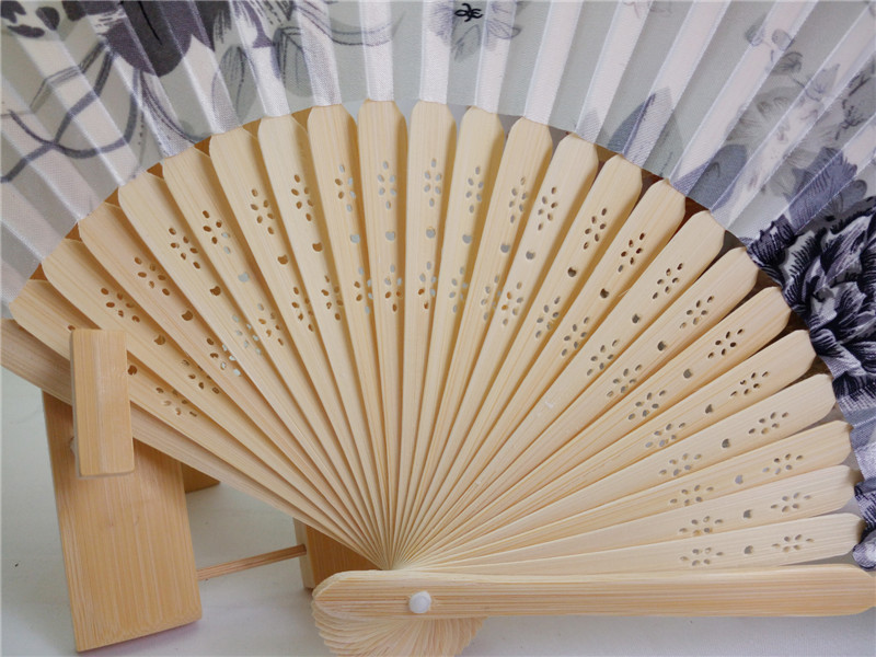 [I AM YOUR FANS] sufficient stock! 21cm Chinese style bamboo stain fabric folding and fan for gift,wedding,part