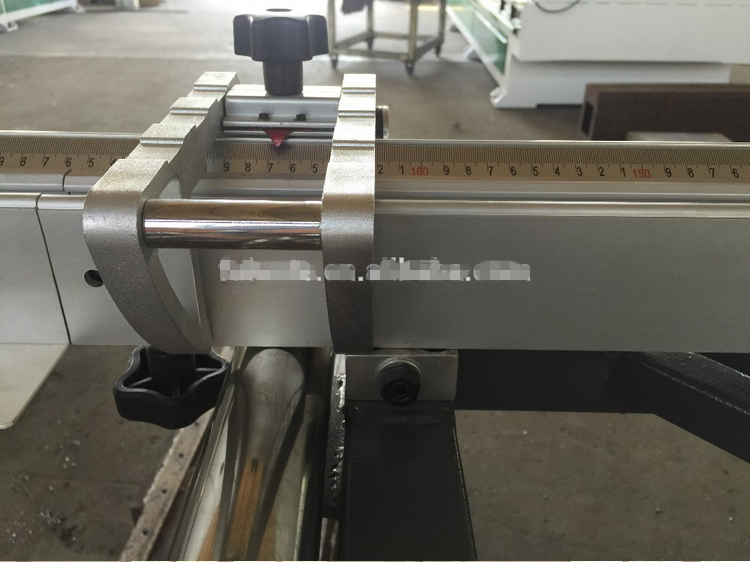 Qingdao high quality lower price useful woodworking machines sliding table panel saw machines