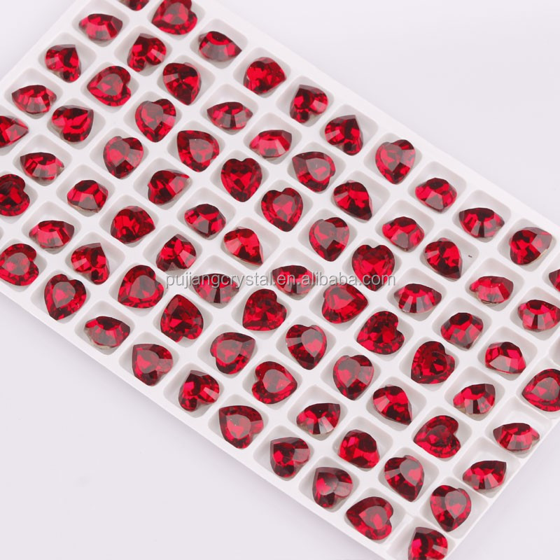 Machine cut red heart shaped crystal glass stones