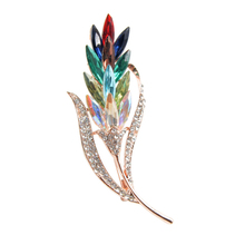 Factory Direct Sale New Elegant Crystal Glass Flower Brooch Pins for Women Lady in Assorted Colors