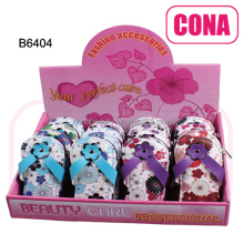 China supplies gift slippers shaped manicure sets tools