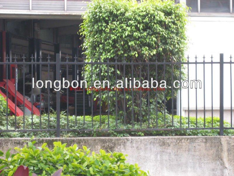 Topseller jardim cerca de ferro forjado designCercas, treliças e