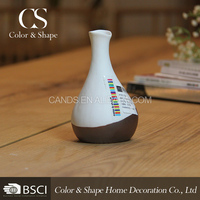 Modern white and brown chinese vases for hotel decoration