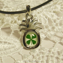 Women handmade glass dome pendant necklace fashion real four leaf clover glass photo necklace