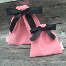 Hot selling Pink Christmas Gift Jewelry Velvet Drawstring Bag Customized