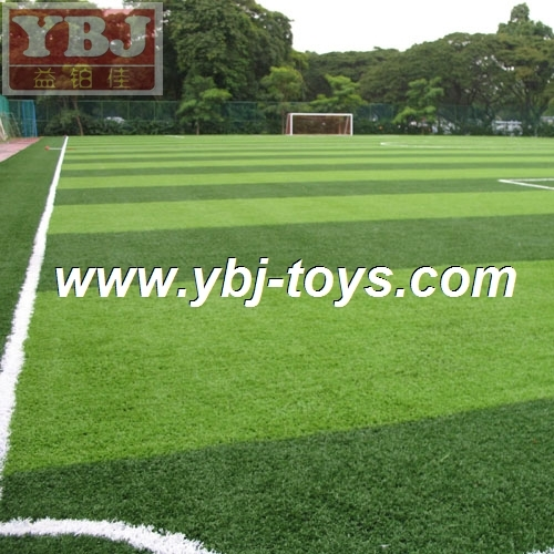 2017 hot sell landscaping or playground waterproof football artificial grass