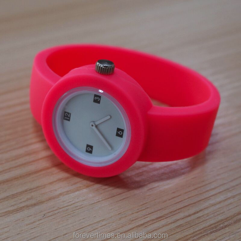 Free sample Promotions gift rubber wrist watches fashion Analog Quartz silicone Rubber watch