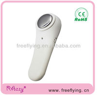 Handheld ionic beauty device