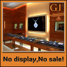 Europe and America luxury high end jewelry display case for sales