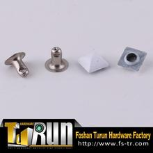 Foshan Factory Metal Alloy Studs And Rivets For Bag