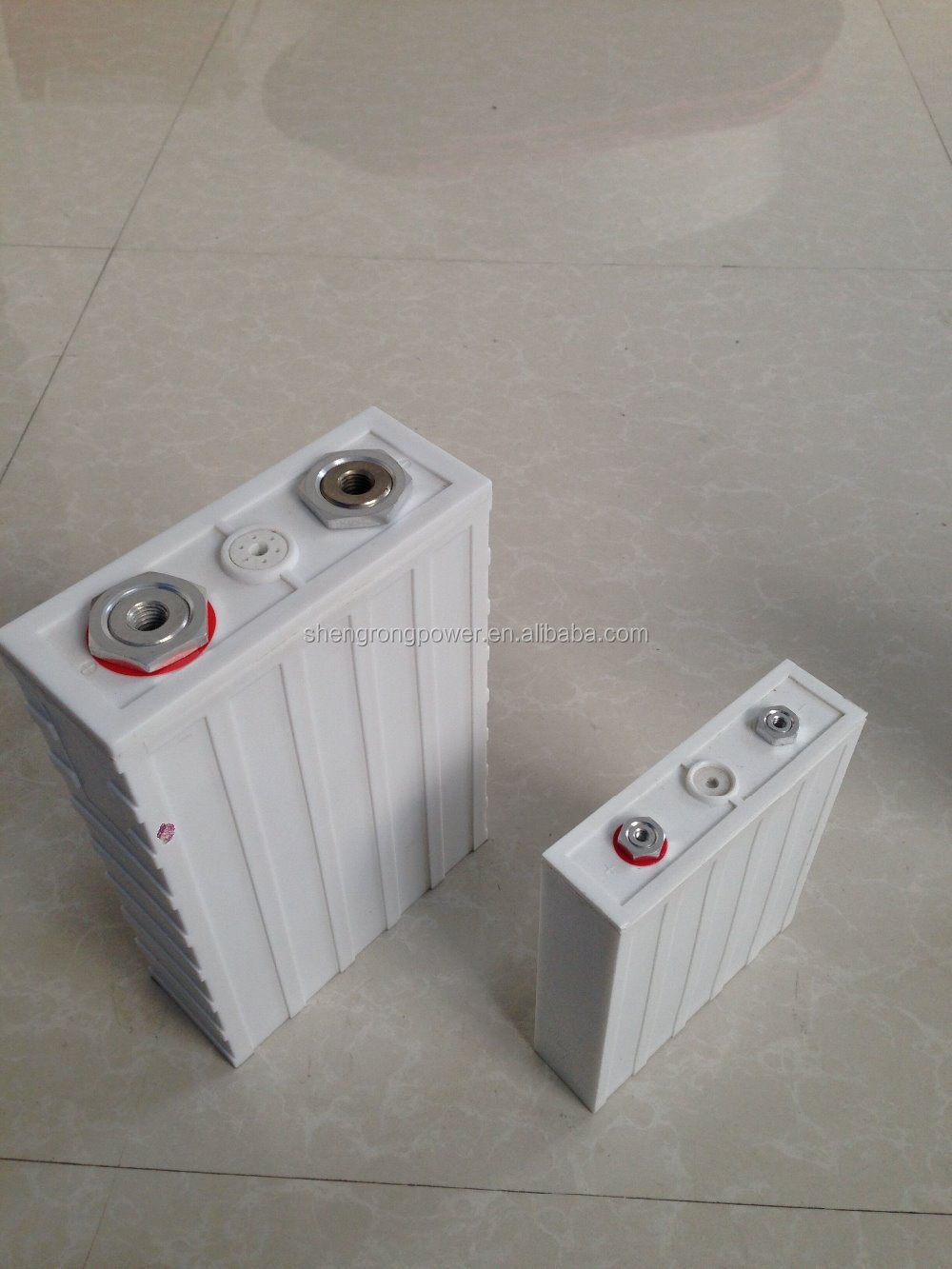 environmental protection 3.2V/180Ah LiFePO4 Battery