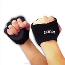 Special high quality outdoor neoprene sport glove