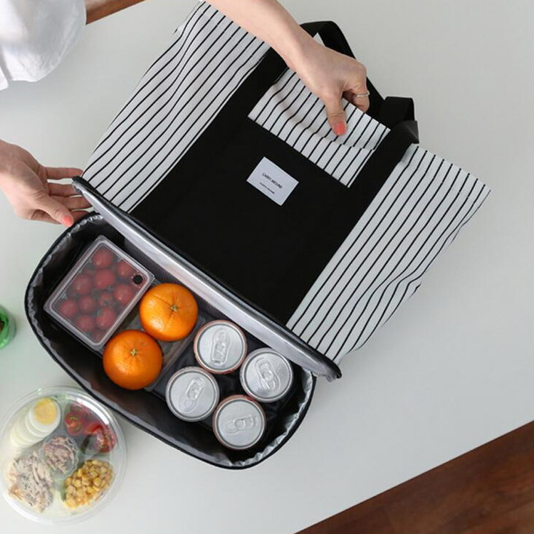 Fashion korea design stripe outdoor traveling picnic cooler bag thicken picnic bag with interlayer
