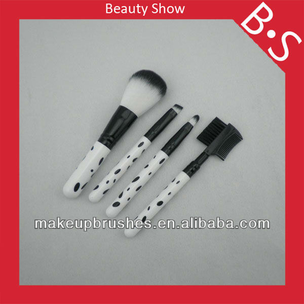 High quality 4pcs cheap makeup brush set,promotional/cheap makeup/cosmetic brush set,custom logo makeup brush