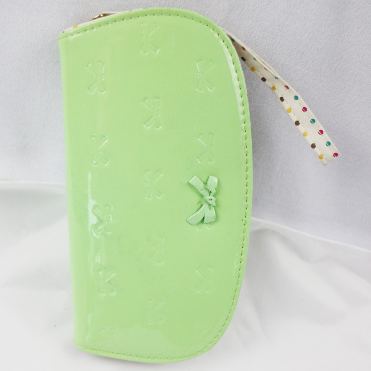 Young girls leather wallet purse with dot printing lining