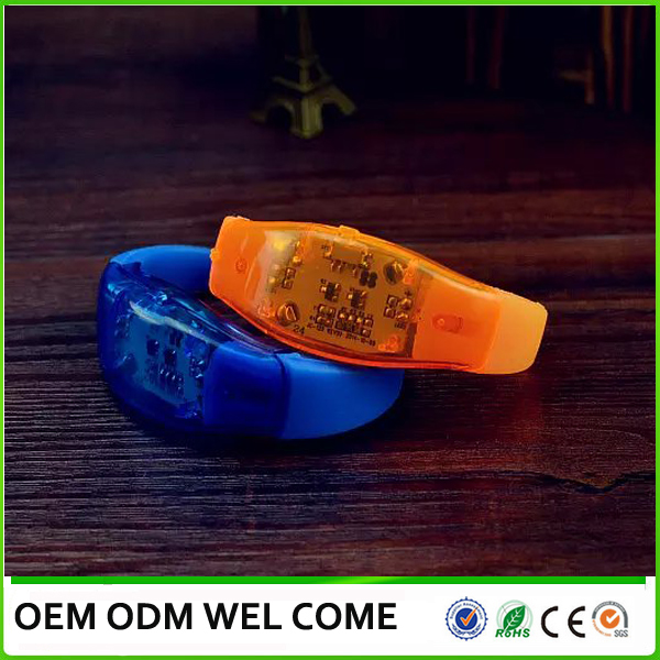 Music control led light silicon wristband