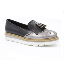 Women Flat Leather Platform Shoes Manufacturers Tassel Kilted loafers