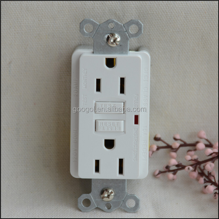 Cooper Wiring Devices15-Amp White Decorator GFCI Electrical Outlet