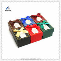 Mountain padded jewelry gift box