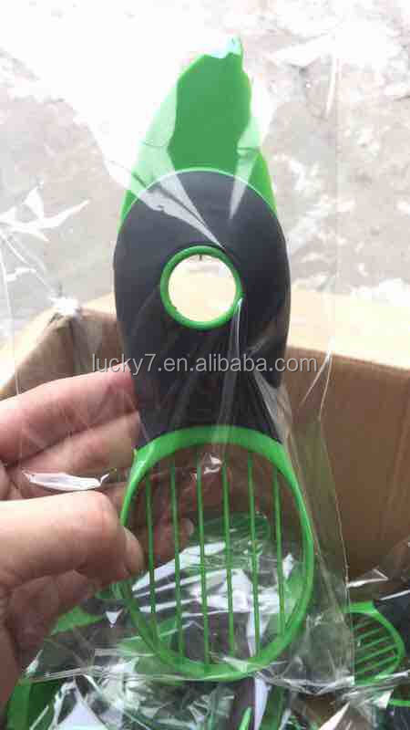 3-in-1 Avocado Slicer Green Plastic Splits Pits Slices Sharp Blade Fruit Pitter Peeler Kitchen Tool