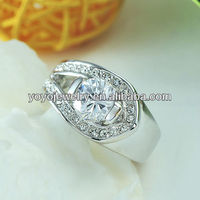 Top Quality Newest Popular King Ring Alloy with Crystal 18k White Gold Jewelry Ring